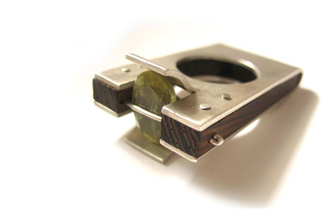 Ring: Silver, wood, turmaline