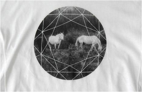 Diamond horses| T-shirt
