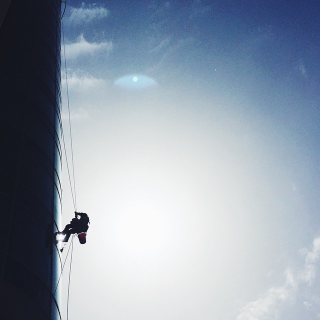 Someone is taking window cleaning to the next level... // #MyTelAvivianBreak