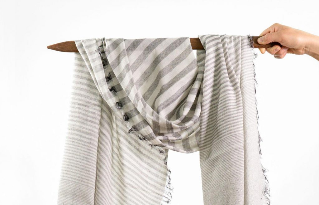 "eco-friendly and handwoven oversized scarves by efrat elezraki, ""woven textile design"". // via: design break blog"